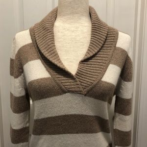 American Eagle Rolled Neck Sweater - Large